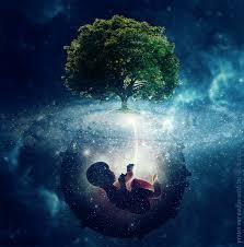 Meditación sobre el poder creador materno
