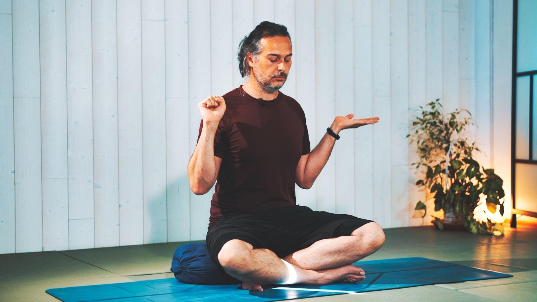 invocando un estado meditativo Kundalini Yoga