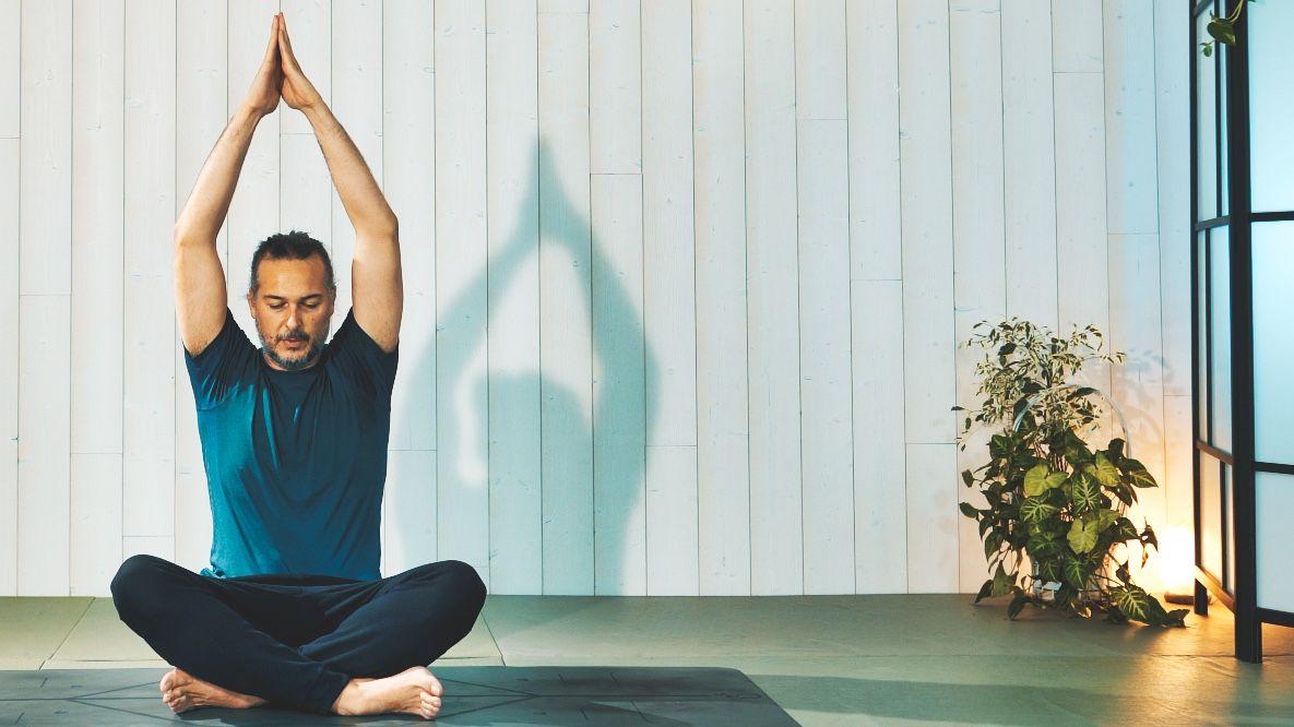 Ricardo Buitrago Yoga
